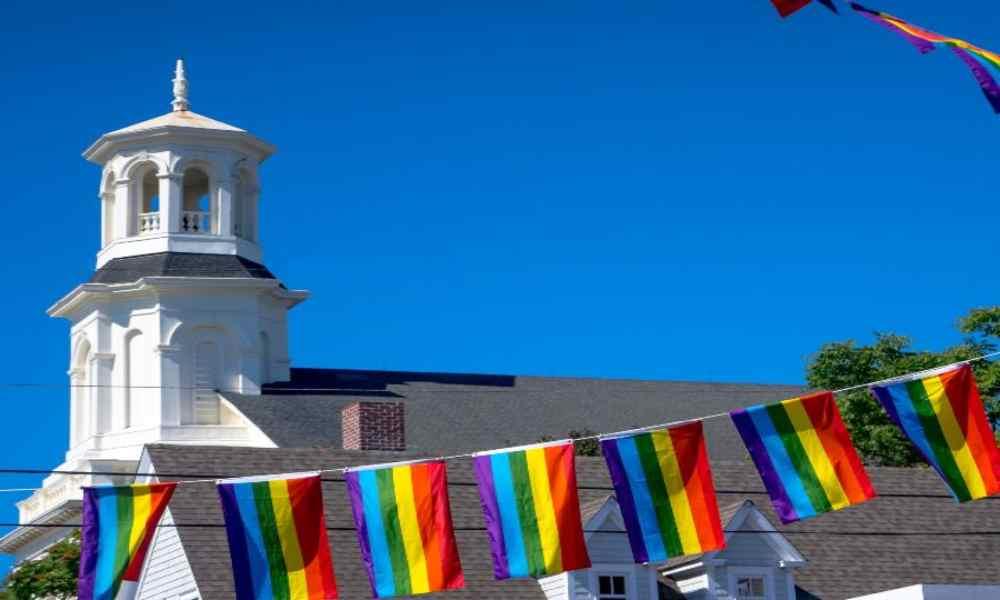 Iglesia acusada de «LGBTfobia» por organizar taller sobre familia y sexualidad