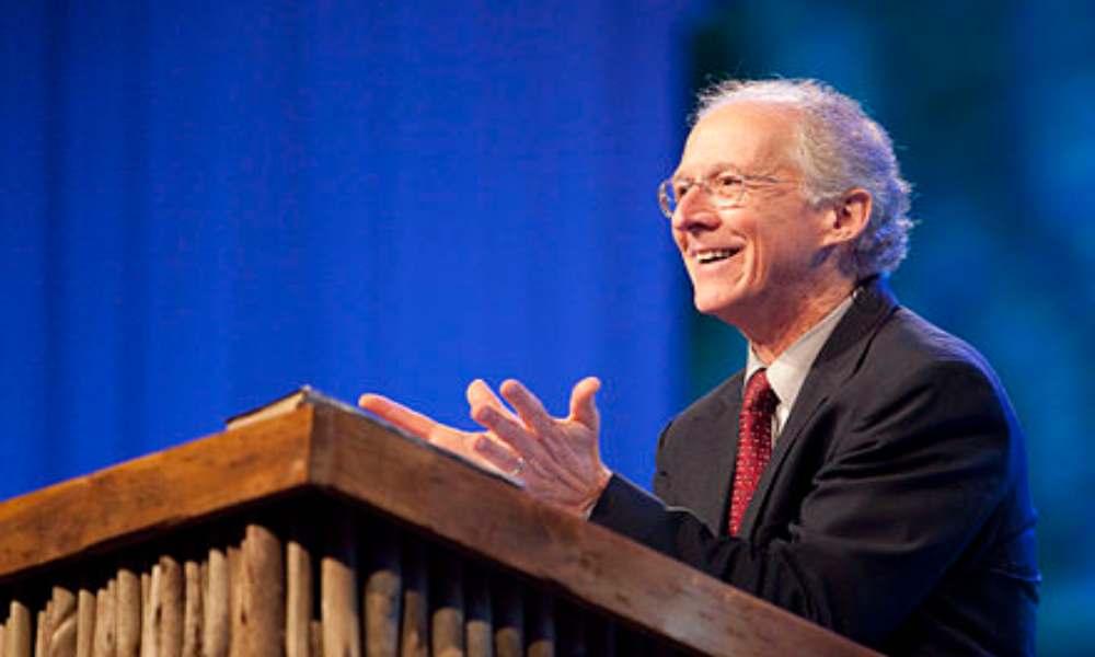 """John Piper reflexiona sobre la profecía: """"El amor de muchos se enfriará"""""""