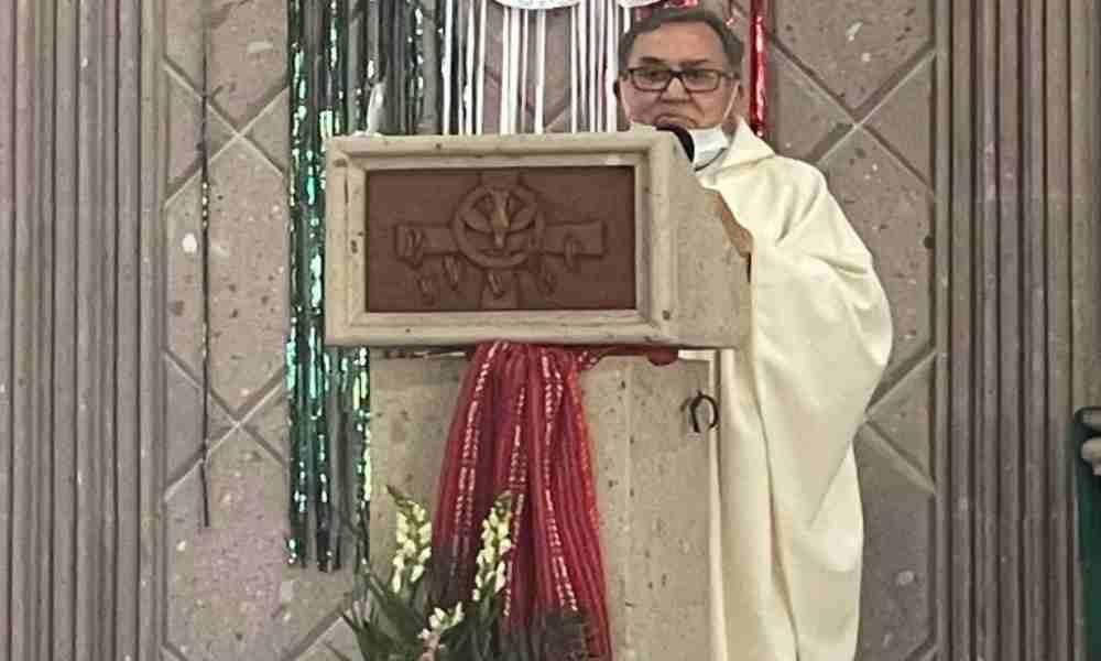 «Mujer que aborta ya no sirve», dice sacerdote católico en misa
